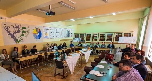 2017_simpozionului-national-inovatie-si-creativitate-in-invatamantul-romanesc